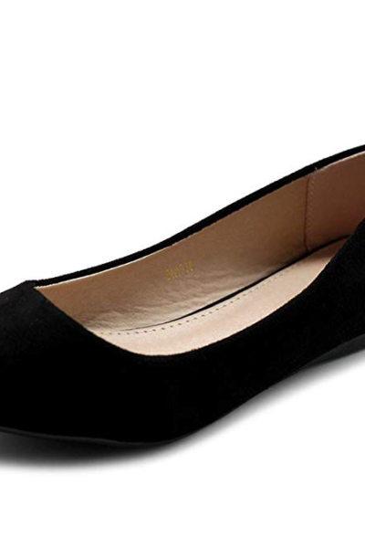 Women's flat shoe with pointed toe